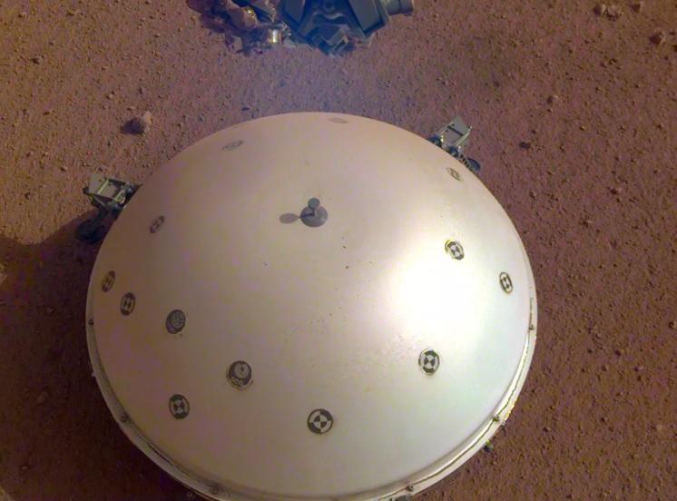 InSight записал пугающие звуки марсотрясения