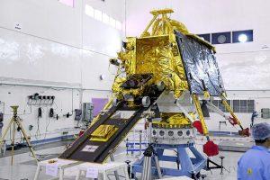 Стало известно, почему индийский лунный модуль неудачно приземлился