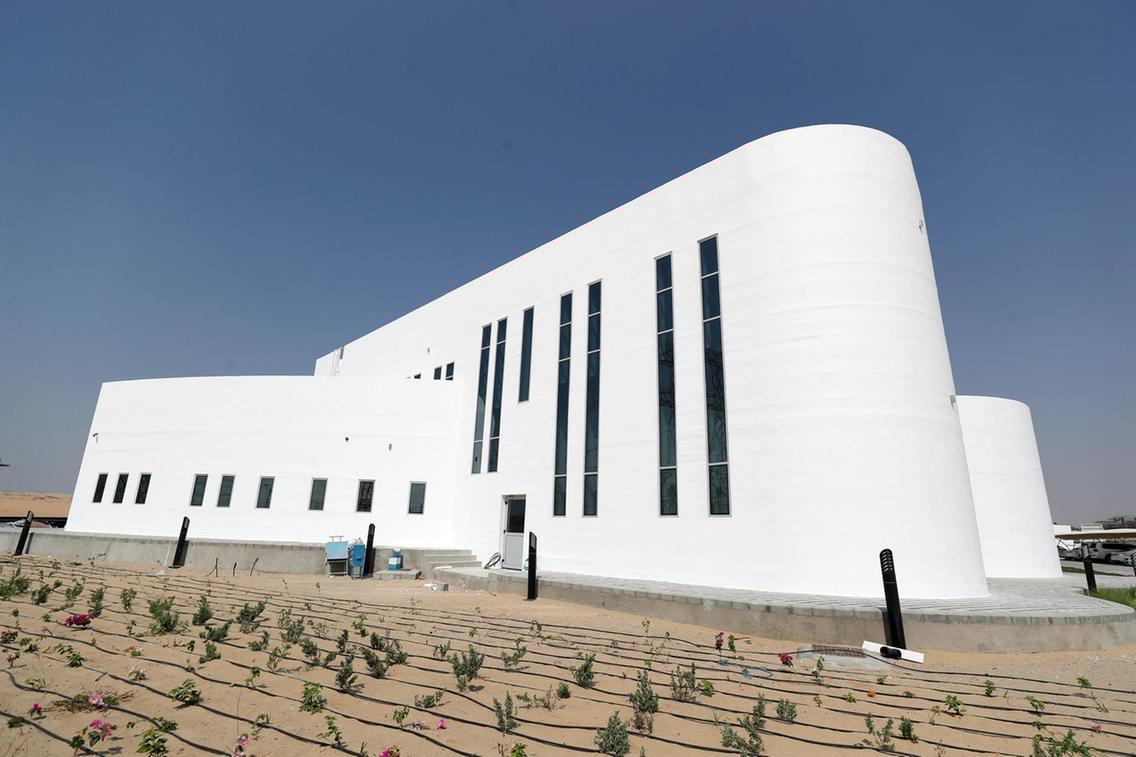 В Дубае напечатали здание на 3D-принтере: дешево и без мусора