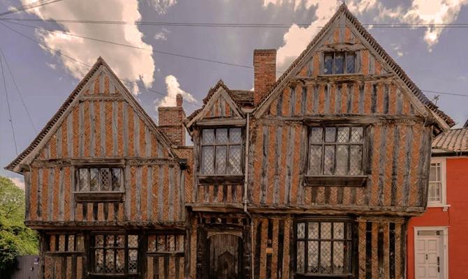 На Airbnb сдается в аренду родной дом Гарри Поттера.Вокруг Света. Украина