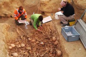 Во Франции нашли подземный склеп эпохи неолита