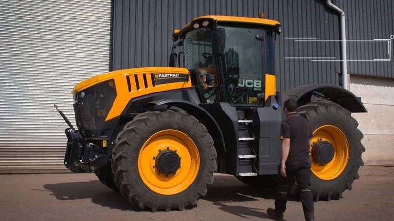 В Великобритании трактор разогнался до 217,5 км/ч