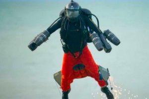 Летающий человек из Великобритании побил свой рекорд скорости