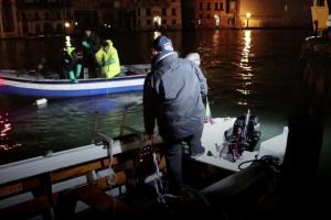 Гонодольеры стали ныряльщиками и очистили венецианские каналы