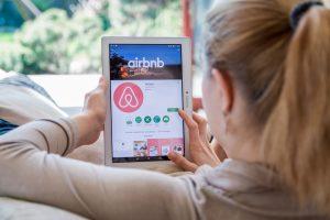 Airbnb добавил поддержку украинского языка