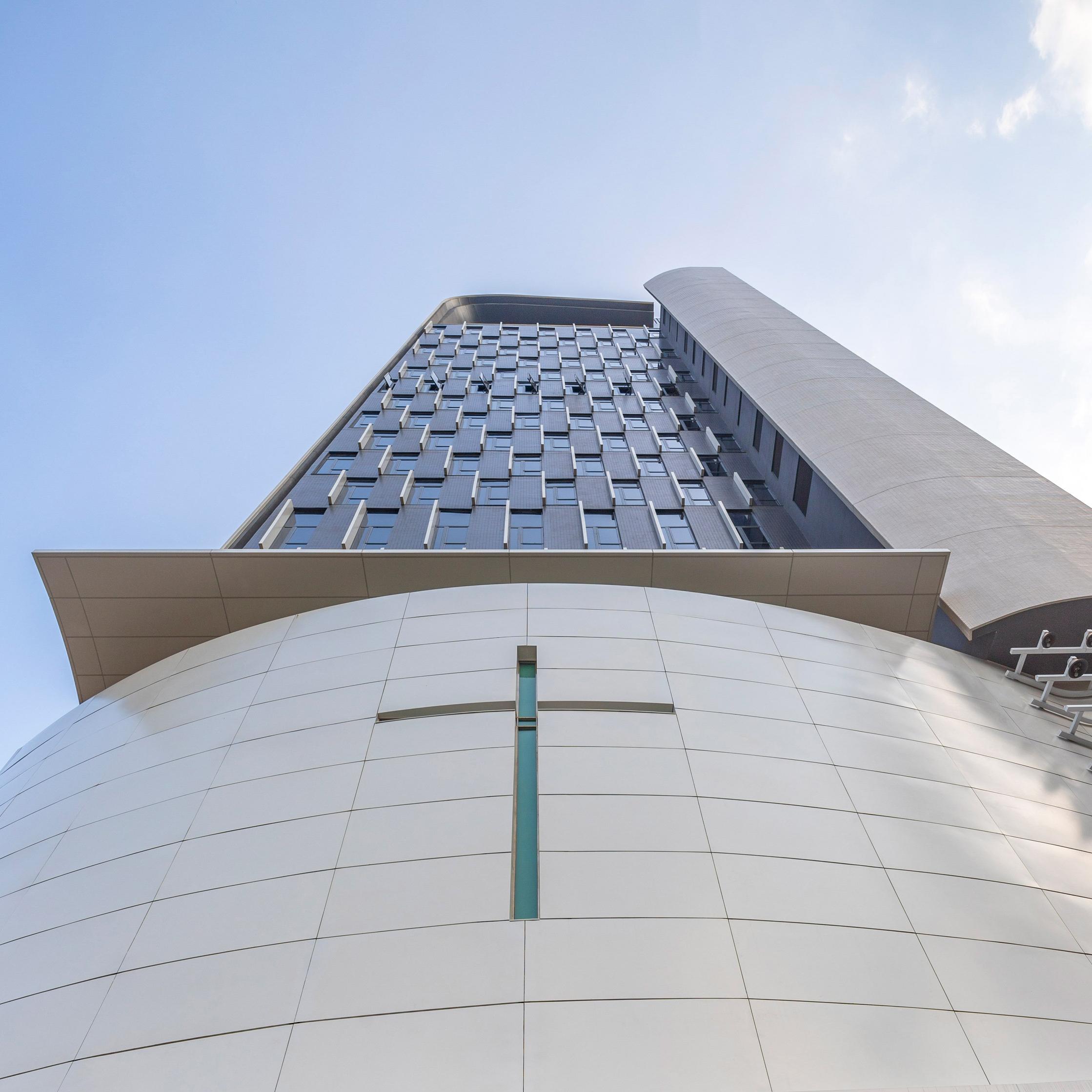 В Гонконге построили самую высокую церковь в мире.Вокруг Света. Украина