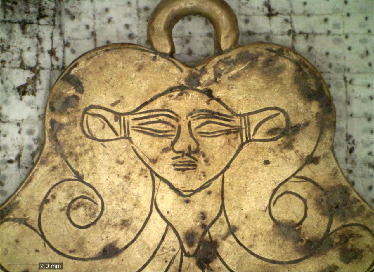 В Греции найдены царские захоронения бронзового века