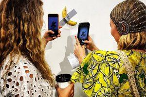 На выставке во Флориде банан на скотче ушел за $120000