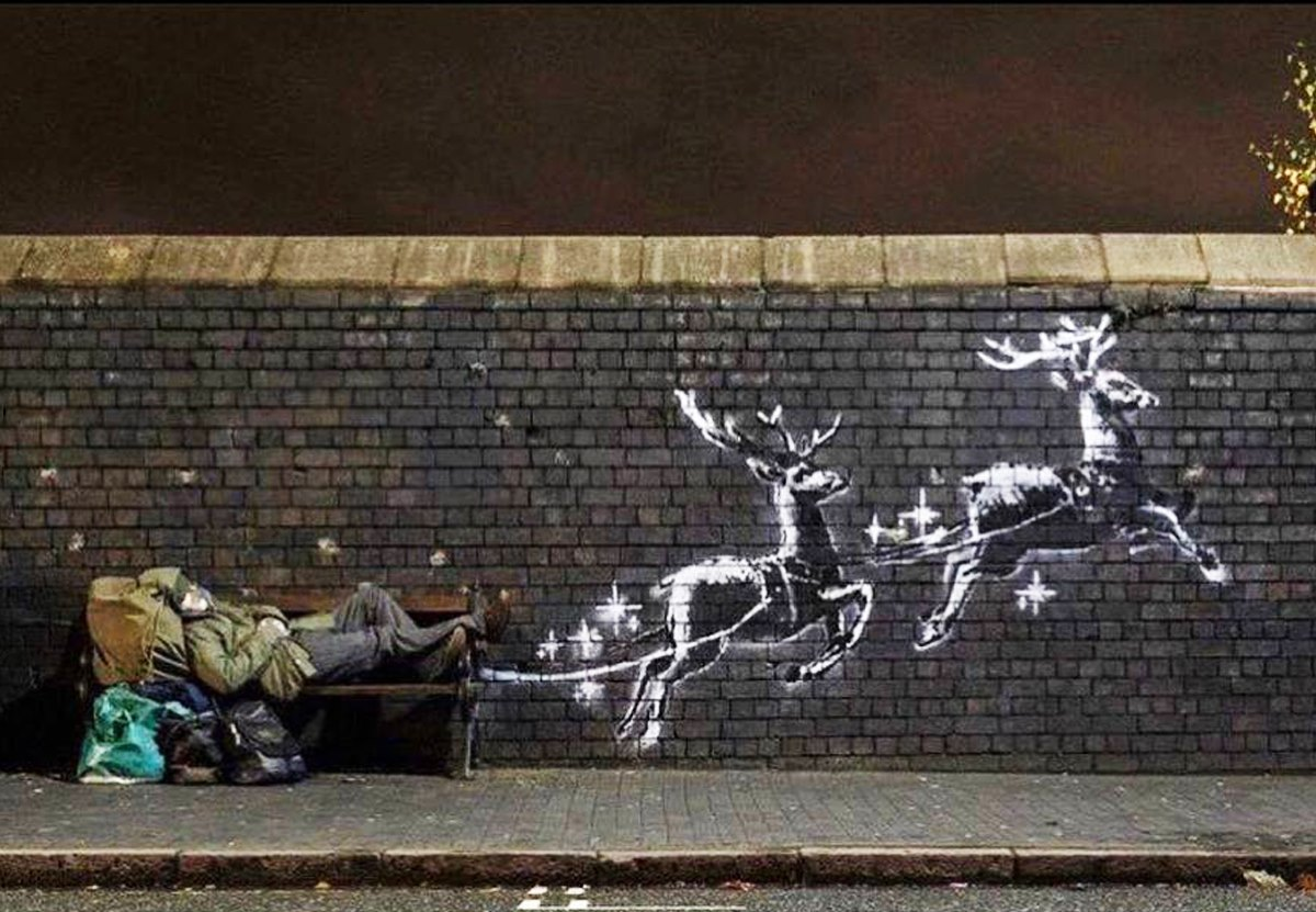 Бэнкси посвятил граффити к Рождеству проблемам бездомных