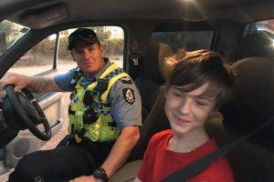 В Австралии 12-летний мальчик сел за руль пикапа и спасся от пожара