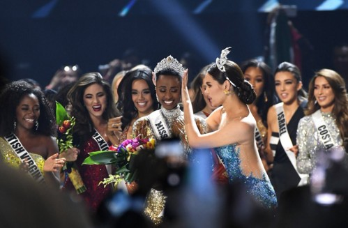 Мисс Вселенная 2019 стала девушка  ЮАР