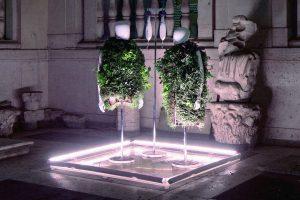 Сад на теле: в Италии представили одежду будущего