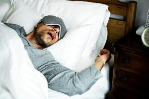 Переизбыток сна опаснее недосыпа - физиологи