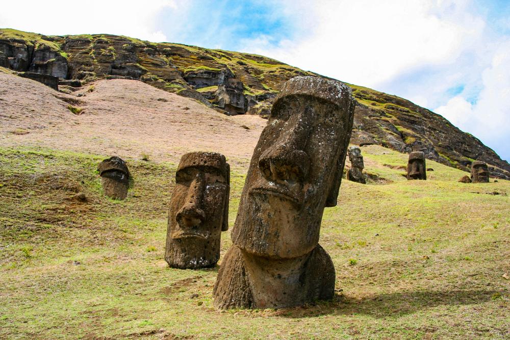 Геоархеологи выяснили новые интригующие подробности о назначении статуй Острова Пасхи.Вокруг Света. Украина