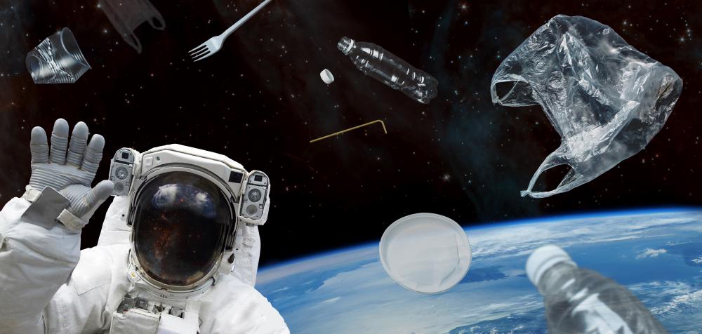 ESA начнет сбор мусора на орбите Земли в 2025 году