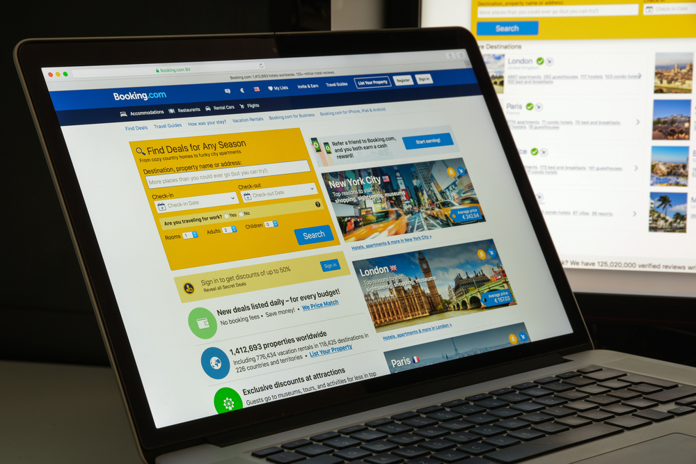 Booking.com обязали давать правдивую информацию.Вокруг Света. Украина