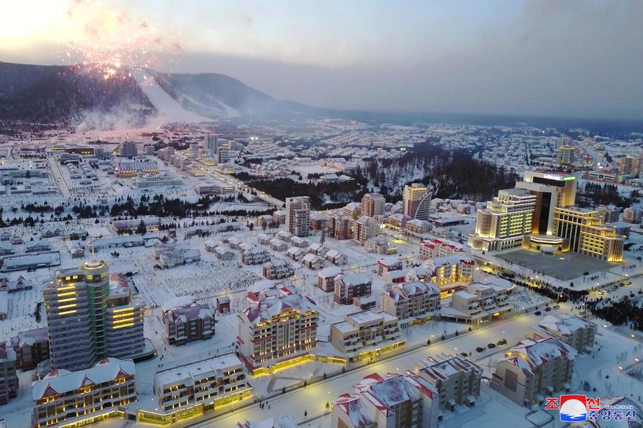 Чудеса социализма: в Северной Корее открыли новый город