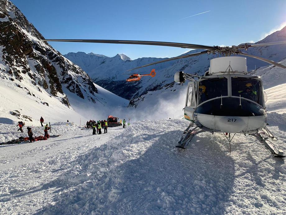 В Италии под лавиной погибли женщина и двое детей