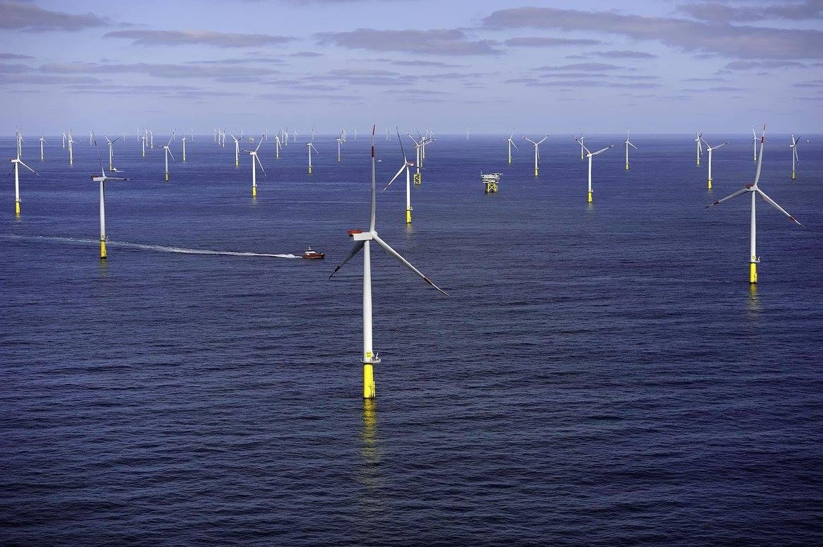 У берегов Британии построили крупнейшую морскую ветряную электростанцию