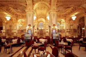 Легендарное кафе «Нью-Йорк» в Будапеште отметило 125-летие
