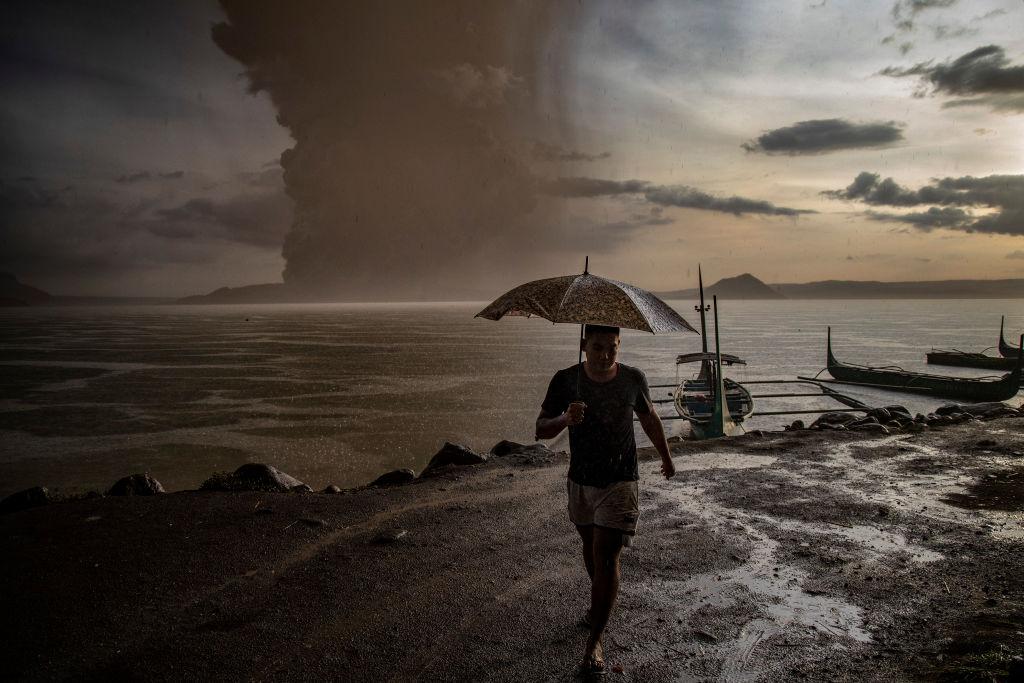 На Филиппинах проснулся вулкан Тааль, идет эвакуация