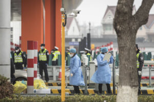США и Япония эвакуируют своих граждан из Уханя