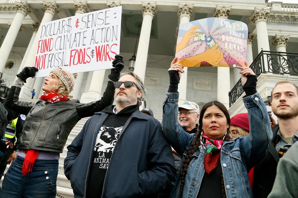 Хоакина Феникса задержали на климатической акции в США.Вокруг Света. Украина