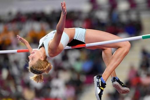 Украинская легкоатлетка установила мировой рекорд по прыжкам в высоту