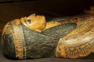 Египтологи синтезировали  голос  3000-летне мумии