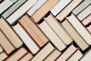 Названы 10 книг, которые лучше всего продавались за последнее десятилетия