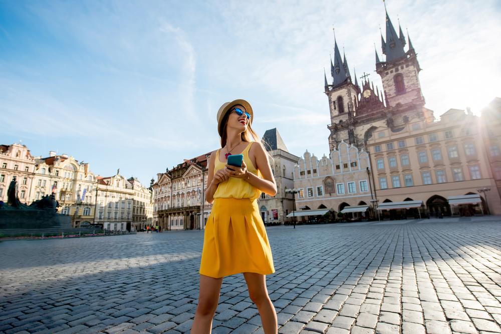 В Праге ограничат размещение туристов через Airbnb.Вокруг Света. Украина