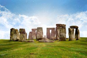 Британцы украли камень Стоунхенджа для своего сада