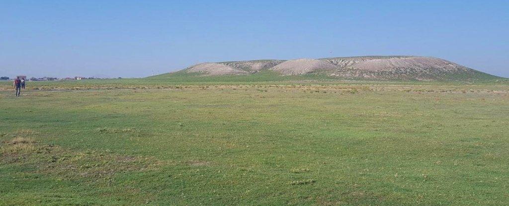 В Турции обнаружили стелу с описанием военного поражения мифического царя Мидаса