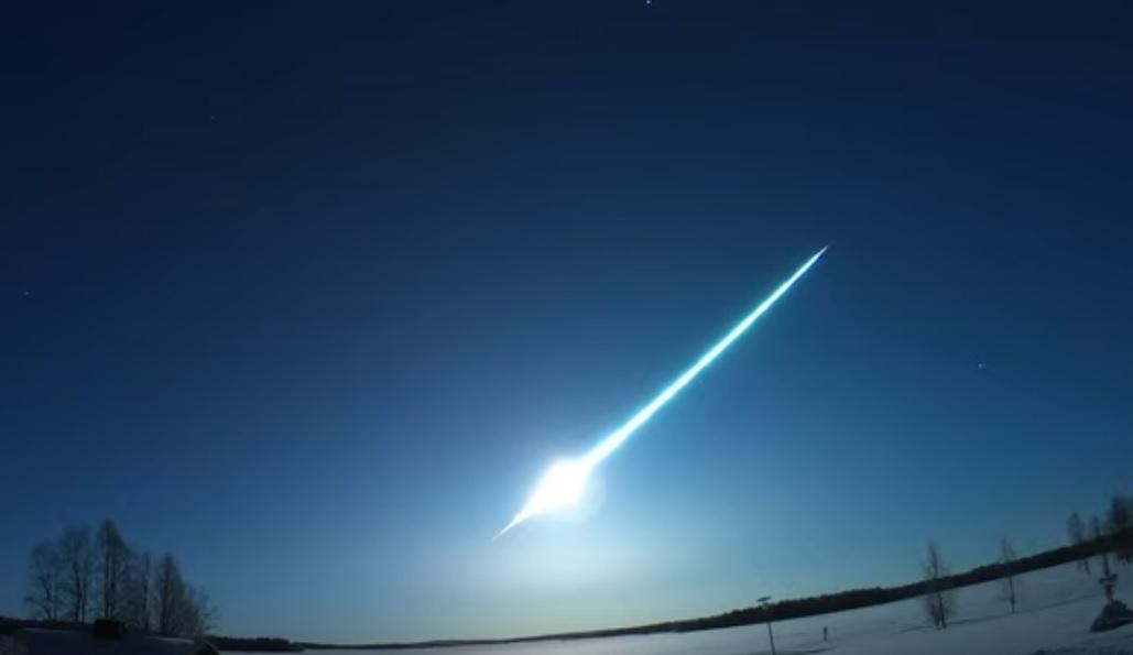 Над Карелией пролетел огромный метеор