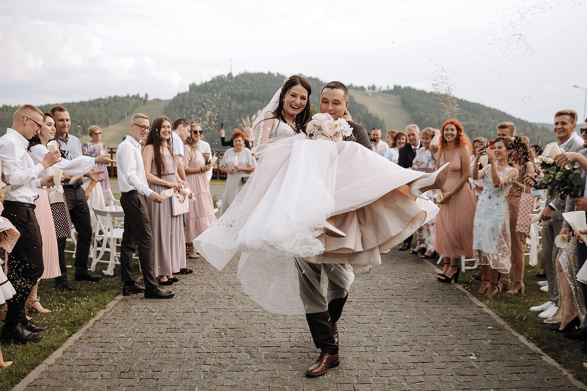 Моє 5-зіркове карпатське весілля.Вокруг Света. Украина