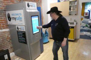 В Канаде установили торговый автомат с опиоидами