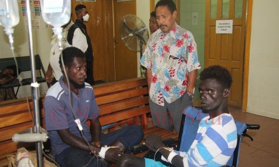 Рыбаки спасли группу людей, 32 дня дрейфовавших на лодке в Тихом океане