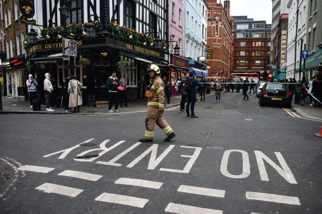 В Лондоне квартал Сохо эвакуировали из-за бомбы Второй мировой.Вокруг Света. Украина