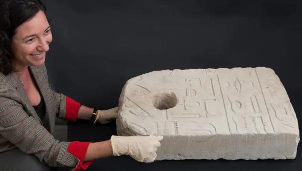 В Израиле нашли каменный якорь возрастом почти 3,5 тысячи лет