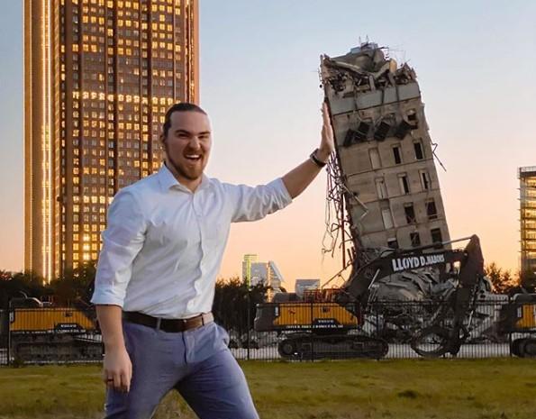 В Далласе появилась своя Пизанская башня