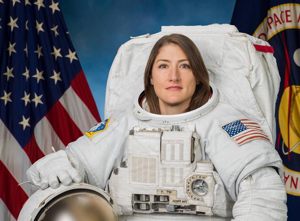 Умилительно: астронавт НАСА Кристина Кох увидела свою собаку после 328 дней в космосе (видео).Вокруг Света. Украина