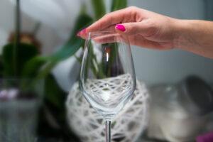 Отказ от спиртного стабилизирует психику женщин