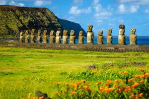 Археологи выяснили, когда на острове Пасхи исчезли скульпторы