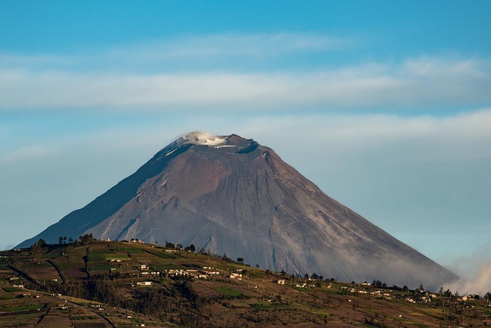 В Эквадоре может обрушиться 5023-метровый вулкан Тунгурауа