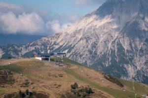 Второй год без снега: во Франции закрывается горнолыжный курорт