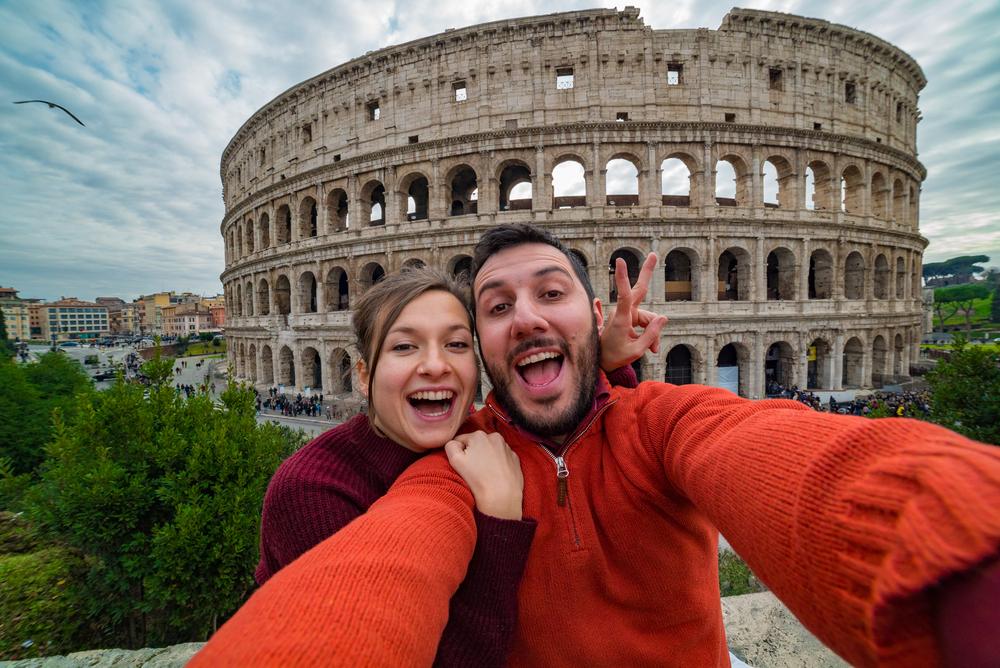 Туристы массово отменяют поездки в Италию. Что делать украинцам?.Вокруг Света. Украина