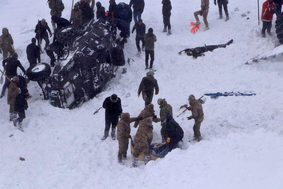 Лавина в Турции: погибших может быть до 100.Вокруг Света. Украина
