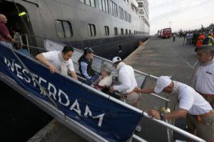 У пассажирки лайнера-изгоя Westerdam все-таки обнаружили коронавирус