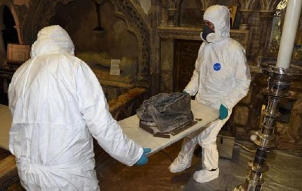 В Великобритании выяснили, кому принадлежат останки из церковной стены