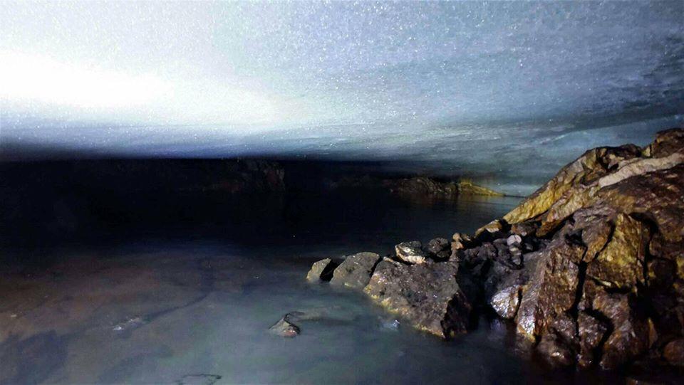 Украинские полярники нашли в Антарктиде озеро под ледником